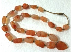 RED CARNELIAN 25 BEADS NECKLACE WITH HEART PENDANT AND GOLDEN BALLS
