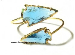 BLUE COLOR GLASS ARROWHEAD BANGLE